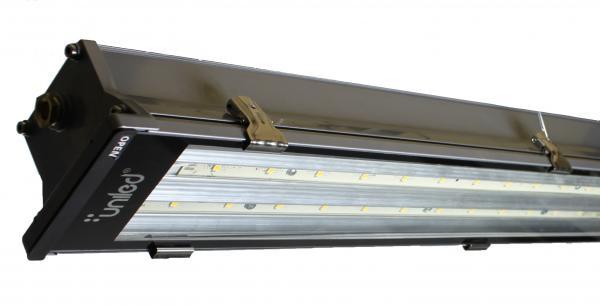 Luminaria LED modelo EXTREME LED UNILED 2T 18/36W