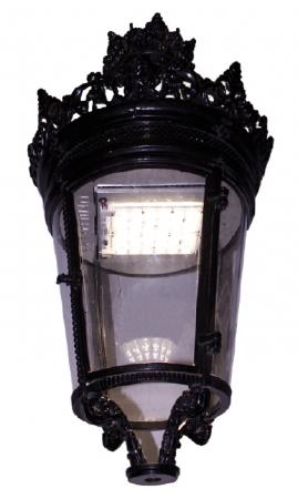 Luminaria LED modelo FAROL URBAN LED UNILED PALACIO 80W