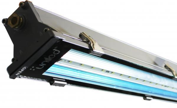 Luminaria LED modelo EXTREME LED UNILED 1T 9/18W